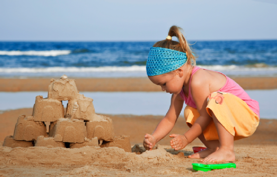 Sand castles on the beach: Characteristics that cultivate creativity